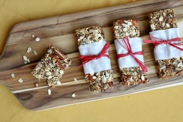 homemade-granola-bars-2